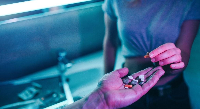Наркология галлюциногены футаж наркомания